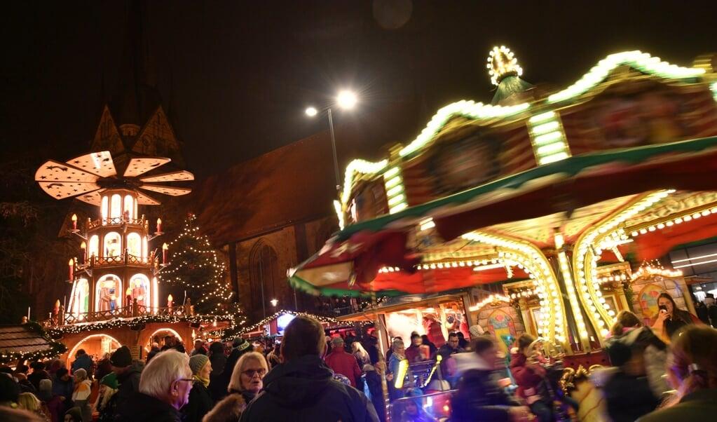 <p>Det skal nok blive julemarked med boder og forlystelser i Flensborg igen i &aring;r. Arkivfoto: Tim Riediger</p>  (Tim Riediger)