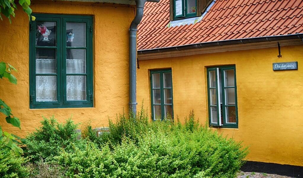 De gamle arbejderboliger i Kobbermølle er blevet restaureret og kaldes populært for »Nyboder«.  (Hans Christian Davidsen)