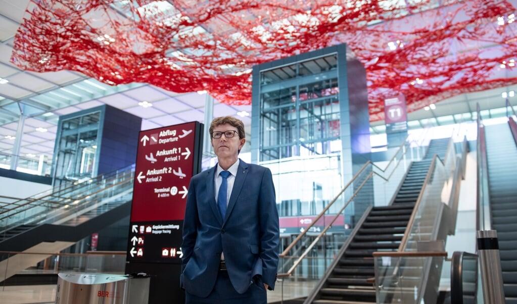 Lufthavnschef Lütke Daldrup regner med at tage imod omkring 5000 passagerer, når lufthavnen i Berlin åbner den 31.oktober.  Bernd von Jutrczenka/dpa.  (dpa)