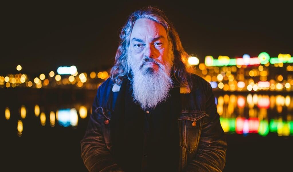 Uffe Lorenzen er på soloturné med sit nye album, »Magisk realisme«.  PR  (Freelance 3)