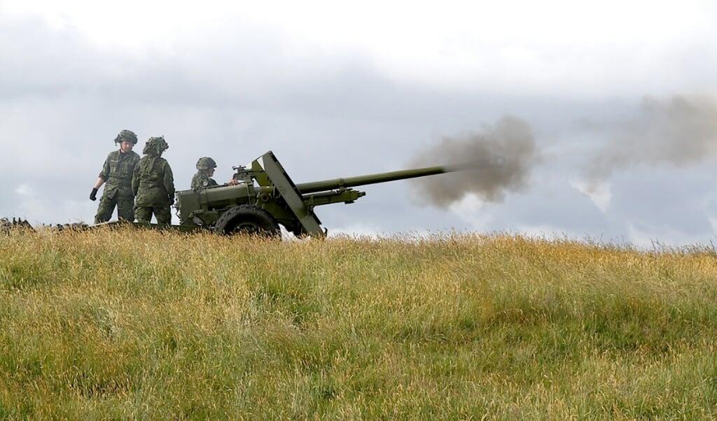 Der er tit øvelser på Halk Skydeterræn.   ( Arkivfoto: Oversergent B. F. Rasmussen )