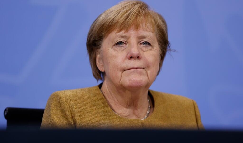 Efter mødet med delstaternes regeringschefer forberedte Angela Merkel befolkningen på lange og hårde måneder i den kommende vinter.  Odd Andersen/AFP/POOL/dpa .  (dpa)