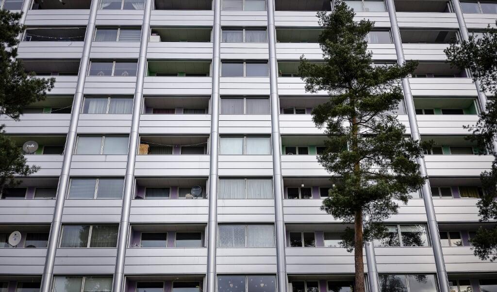 Bebyggelsen i Nøjsomhed har i flere år været på den officielle liste over ghettoer i Danmark. En plan om renovering af lejligheder og opsigelse af lejemål skulle få Nøjsomhed af ghettolisten.  ( Liselotte Sabroe/Ritzau Scanpix)