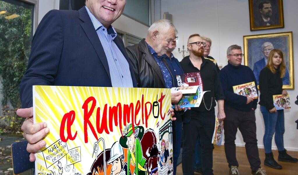 Æ Rummelpot-redaktør Gunnar Hattesen med sit hold af tegnere.  (Hans Christian Davidsen)