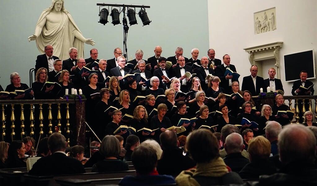 Filharmonisk Kor under en tidligere koncert.  ( Sønderjyllands Symfoniorkester)