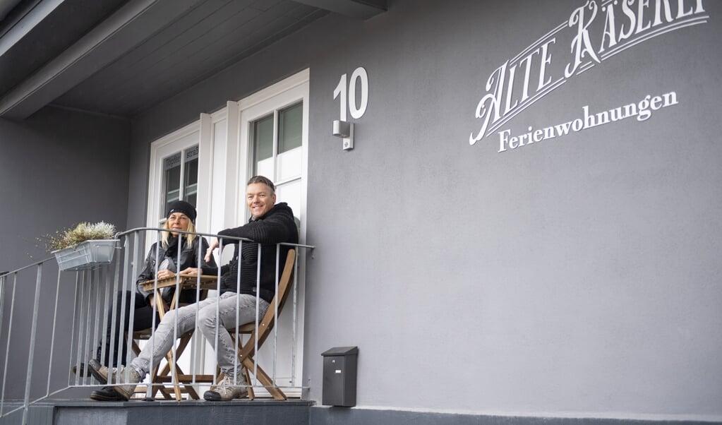 Britta og Frank Nissen har ombygget det oprindelige ostemejeri i Sporskifte til ni ferielejligheder.  ( Kira Kutscher)