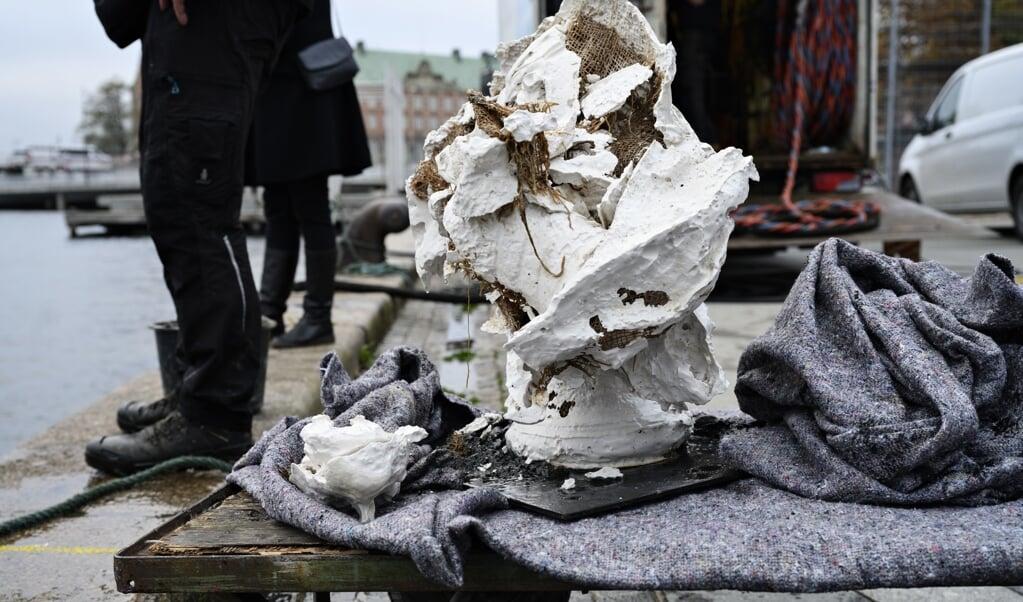 Efter at have været smidt i havnen var busten af Frederik V ødelagt. Aktionen førte til udskiftninger i Kunstakademiets ledelse. Arkivfoto:   (Philip Davali, Ritzau Scanpix)