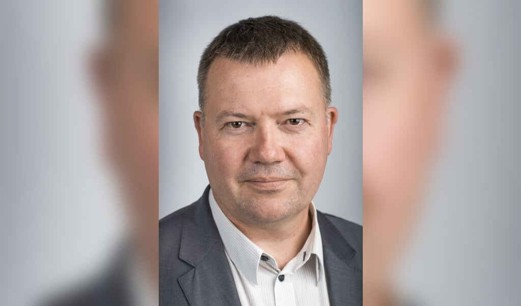 Tom Jensen  (Søren Bidstrup)