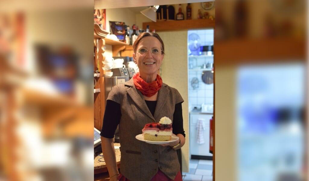 Monika Reiser har været alene om den traditionelle drift af Holm Caféen gennem de sidste 24 år.  (Angela Jensen)