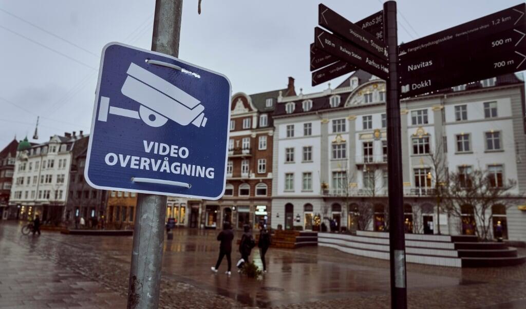 Von der Polizei angebrachte Videokameras sind hilfreich, doch auch durch Aufnahmen von Überwachungskameras in betrieblichem oder behördlichem Besitz werden viele Fälle gelöst.   ( Claus Bonnerup/Ritzau Scanpix)