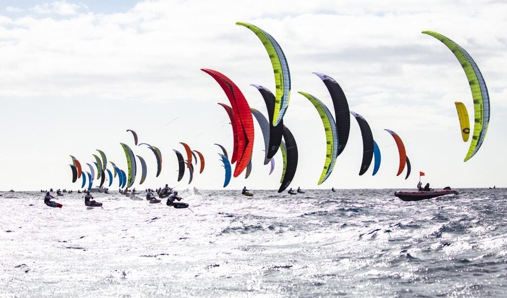 Der Flensburger Jan Hauke Erichsen musste sich bei der Kitefoil Europameisterschaft in einem großen Feld behaupten.  ( Privat)