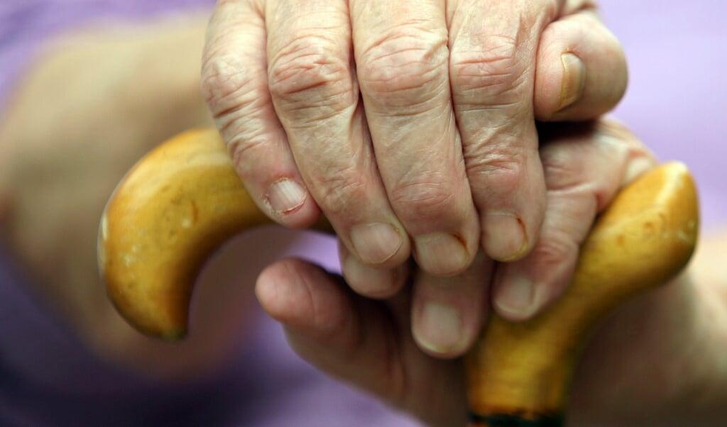Mange af de ældre skammer sig over deres fattigdom og ønsker ikke at søge om sociale tillægsydelser. Blandt andet frygter de - ubegrundet - at deres børn skal blive bedt om at sørge for dem. Arkivfoto  (A3250 Oliver Berg)