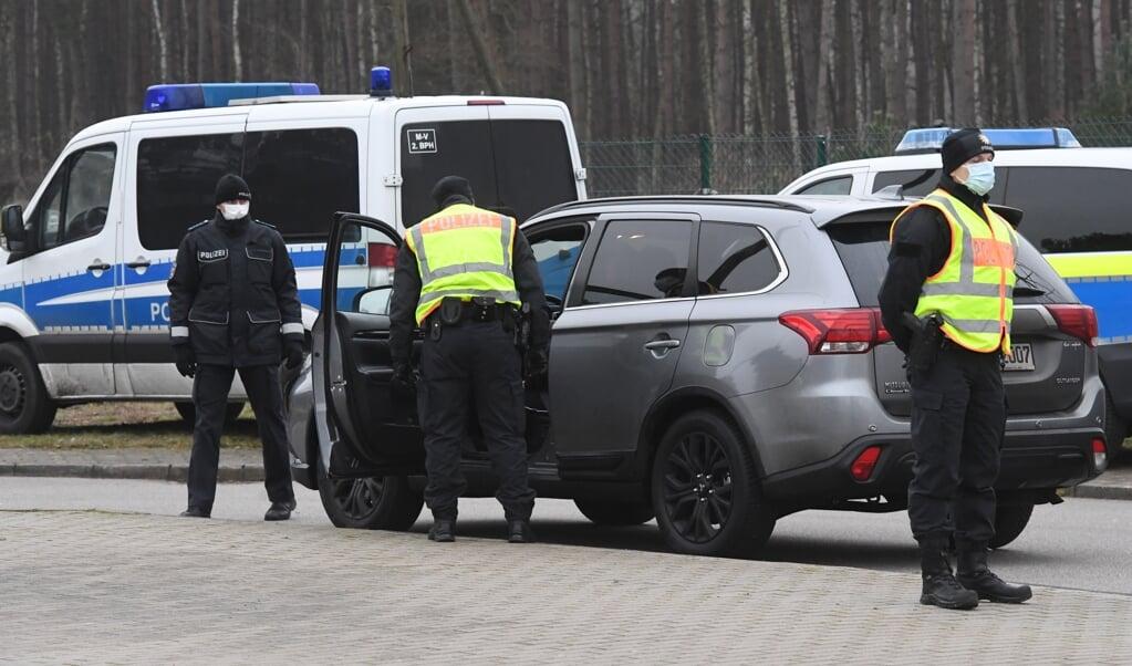 Tyskland har foreløbig ingen planer om permanent grænsekontrol, men forbundspolitiet gennemfører periodiske stikprøver ved indrejsen.   (dpa)