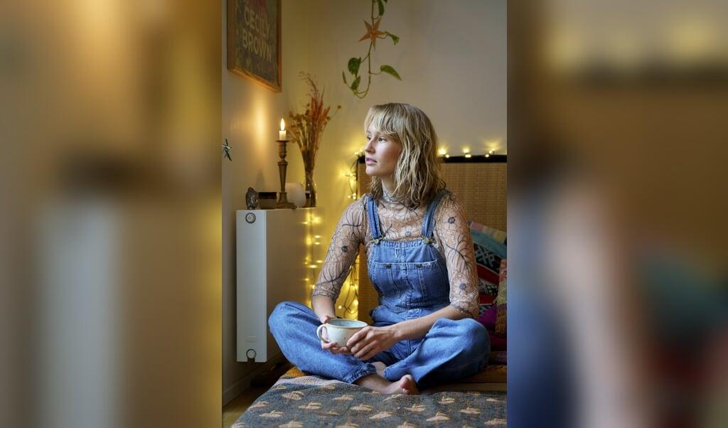 """Fie er 25 år og opvokset i Sydslesvig. Hun  er jævnligt i tv i Danmark, hvor hun taler kvindelig værdighed og retten til at være kvinde uden at blive antastet. Hun var med i TV-serien """"De perfekte piger"""". Hun laver podcast, blandt andet serien """"Frede og Fie"""" om sex og nydelse. Hun er aktiv på især Instagram og arbejder som foredragsholder i klassisk forstand og ved at sælge online-foredrag til stykbetaling i eget navn.   ( Anette Sønderby)"""