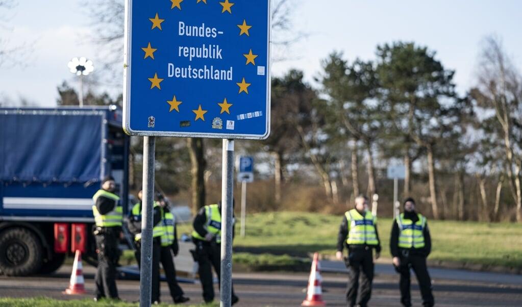 12 asylsøgere gik mandag via den danske grænse til Tyskland.   ( Claus Fisker/Ritzau Scanpix)
