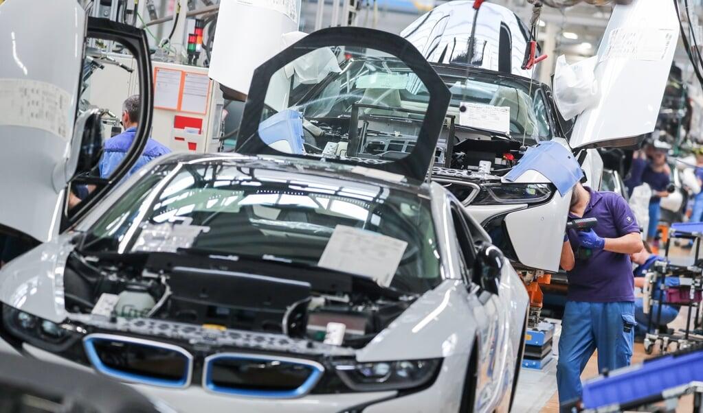 Travlheden er igen så småt ved at indfinde sig bed samlebåndene hos BMW.  Jan Woitas/dpa.  (dpa)