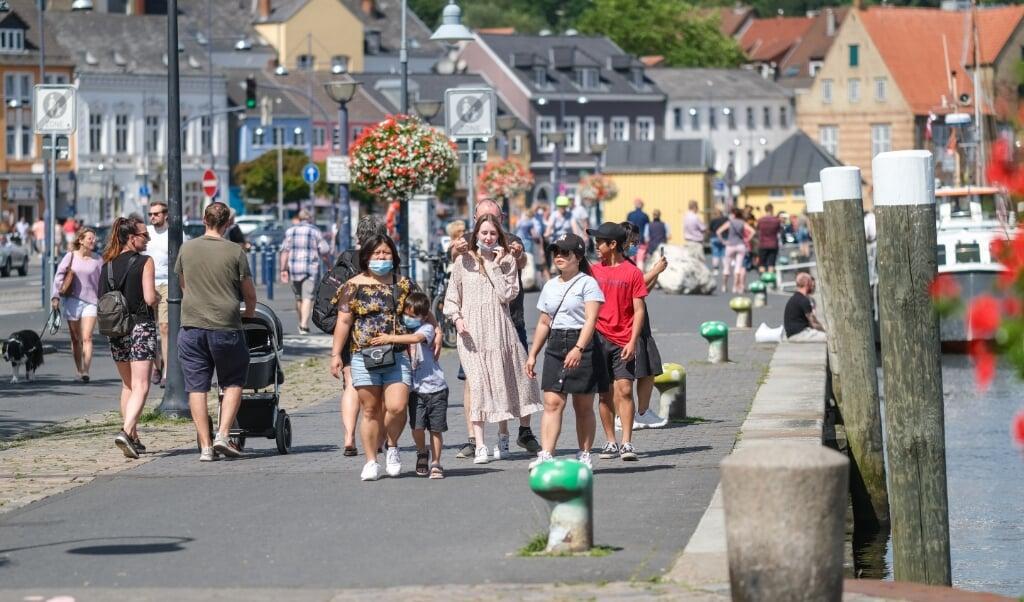 Stabile smittetal betyder at Flensborg Kommune ophæver kravet om mundbind på havnen.   (Arkivbillede)