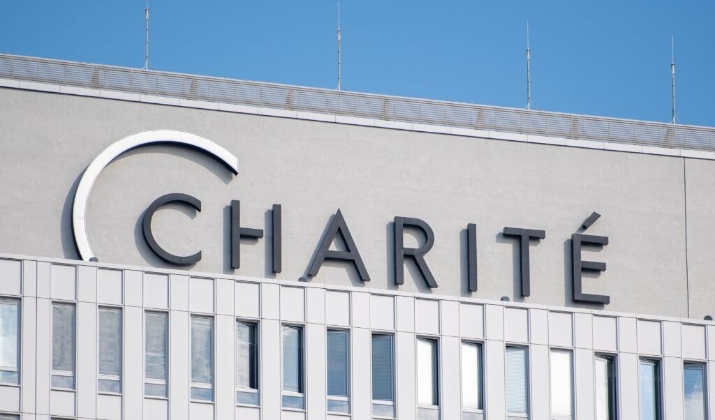 <p>I 32 dage var Navalnyj indlagt p&aring; Charit&eacute;-hospitalet i Berlin, hvor han blev udskrevet onsdag.  Christophe Gateau/dpa.</p>  (dpa)