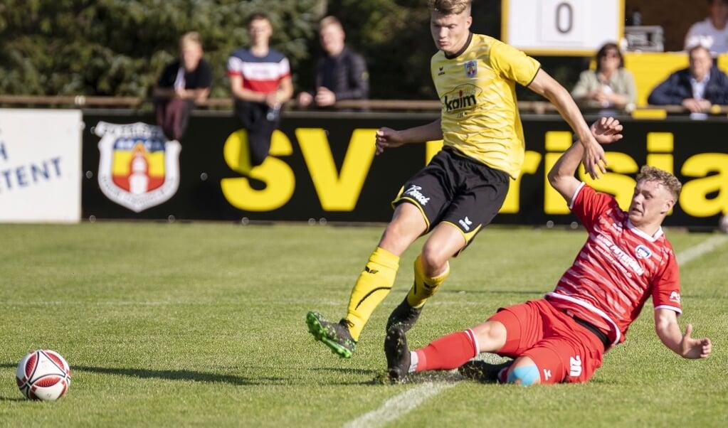 <p>Das Nordderby zwischen dem SV Frisia 03 Risum-Lindholm und dem TSB Flensburg hat noch ein unerfreuliches Nachspiel.  Lars Salomonsen</p>  (Lars Salomonsen.)