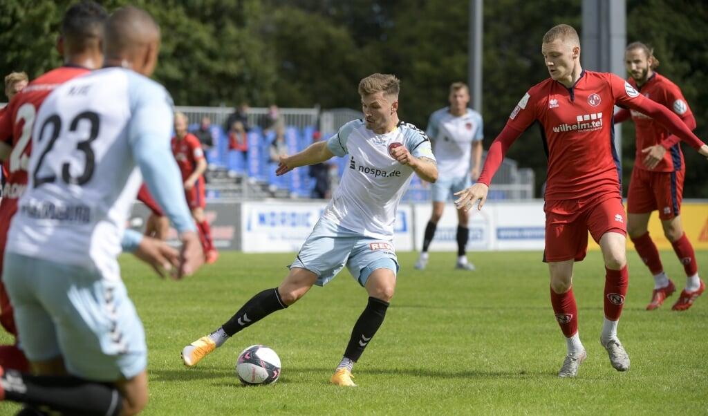 Mittelfeldmotor Dominic Hartmann vom SC Weiche Flensburg 08 wurde Vierter bei der Wahl zum Fußballer des Jahres 2020 in Schleswig-Holstein.  ( Tim Riediger)