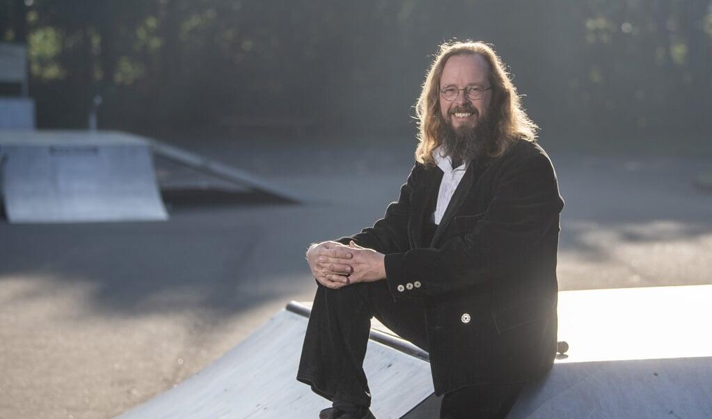<p>Dem Gemeinderatsvertreter Keno Jaspers (SSW) liegt die Entwicklung des Skaterparks in Gro&szlig;enwiehe am Herzen. Das Projekt erf&auml;hrt viel R&uuml;ckenwind.</p>  ( Kira Kutscher)