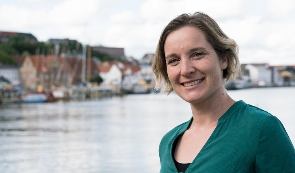 <p>Formand for kredsbestyrelsen hos De Gr&oslash;nne Flensborg, Marlene Langholz-Kaiser, g&aring;r ind for gr&aelig;nseoverskridende handling til gavn for Flensborg Fjord.</p>  ( Henrietta Langholz)