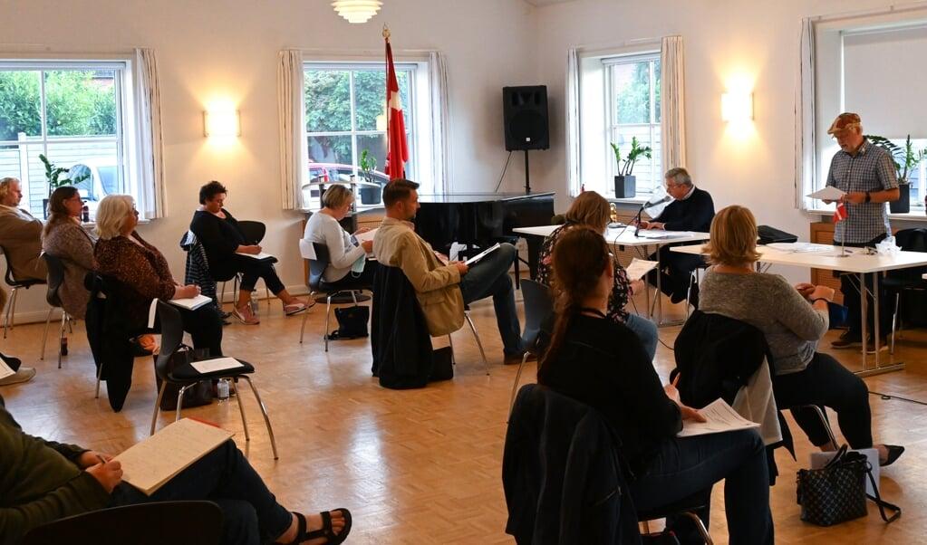 <p>Alle borde var fjernet, s&aring; der kunne v&aelig;re plads til de 42 deltagere ved &aring;rets udskudte generalforsamling for SSF Rendsborg-Egernf&oslash;rde Amt.  Rasmus Meyer/SSF</p>  (Rasmus Meyer)