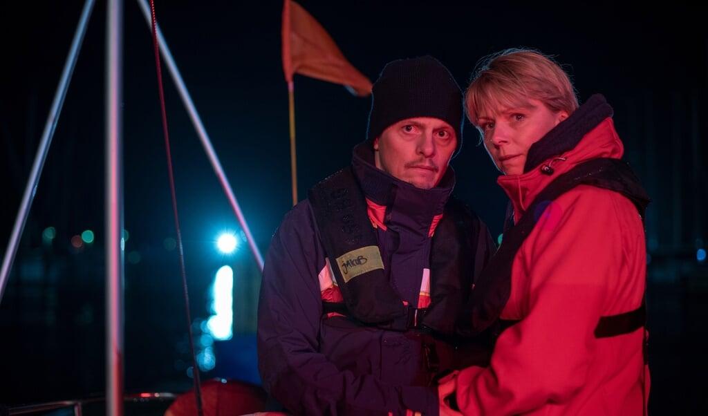 De to danske skuespillere Thure Lindhardt og Lene Maria Christensen spiller et dansk ægtepar. De ved ikke, hvordan de skal reagere over for et andet par, der har mistet deres søn.  (ZDF und Letterbox / Thorsten Jan)
