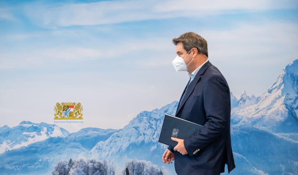 Markus Söder mener, det er en borgerpligt at lade sig vaccinere.   (Peter Kneffel/dpa.)