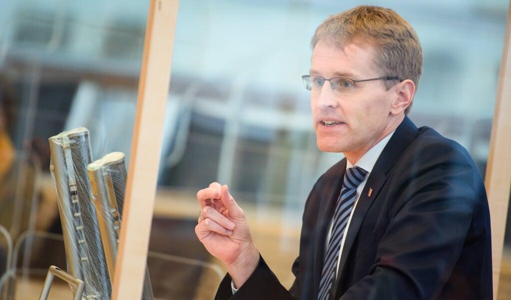 Daniel Günther henviser til, at Danmark jo også kræver negative test af pendlere fra Slesvig-Holsten.   ( Gregor Fischer/dpa)