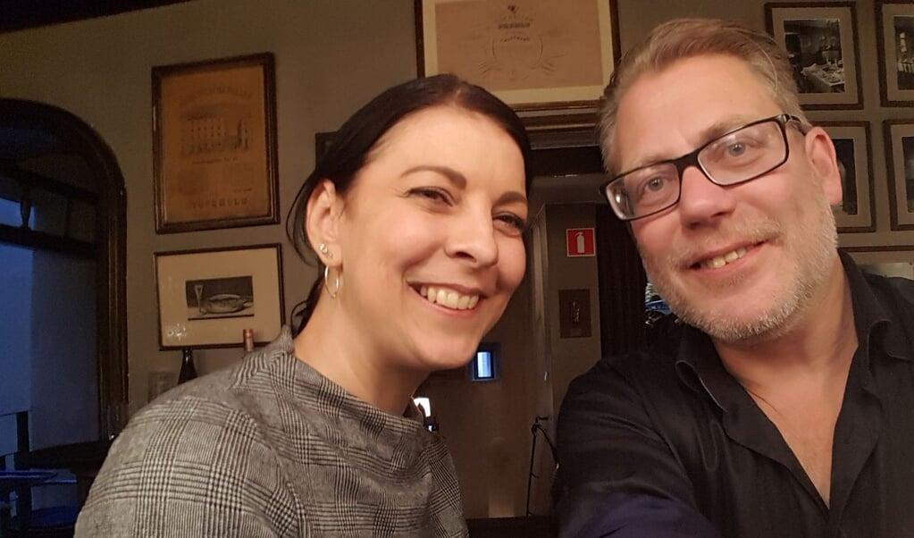 Wenke Paulsen og Tobias Rangne er gift og bor i Stockholm. De var gode venner, da de gik i gymnasiet i Flensborg, men mistede kontakten i flere årtier. Det var af lange omveje, at de fandt tilbage til hinanden.  (Privat)