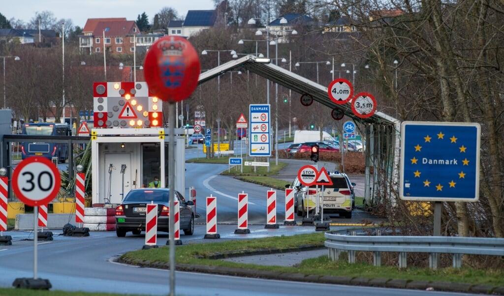 Pendelre og andre trafikanter forsinkes ved grænsen.  (Arkivfoto: Martin Ziemer)