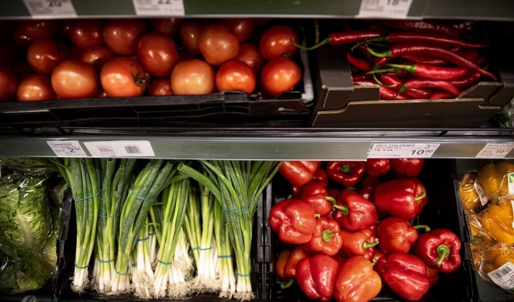 En ny undersøgelse fra Fødevarestyrelsen viser, at der kun er få rester af sprøjtemidler i dansk frugt og grønt. (Arkivfoto)  (Ida Guldbæk Arentsen/Ritzau Scanpix)