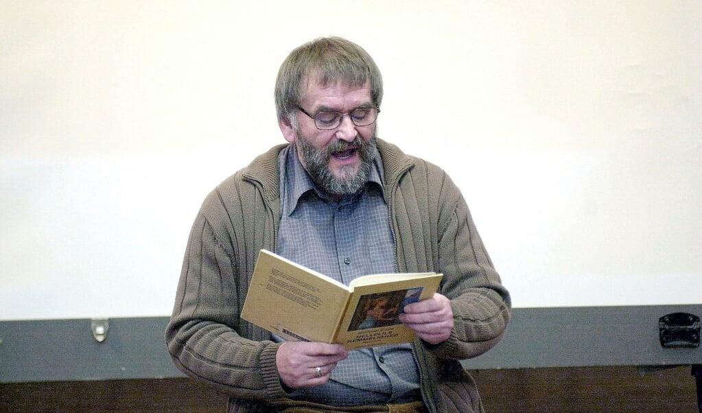Helmut Asmus som oplæser.  (Arkivfoto: Povl Klavsen)
