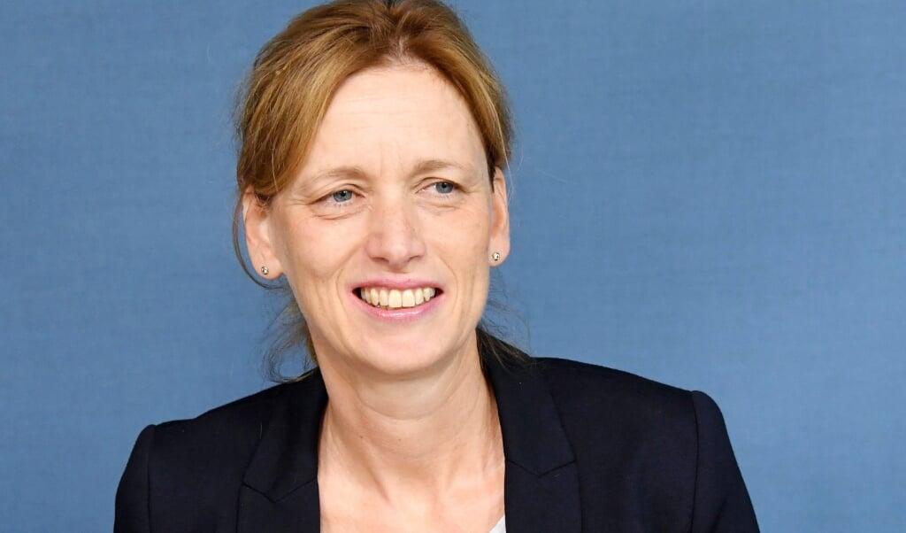 Slesvig-Holstens uddannelsesminister, Karin Prien (CDU), kunne mandag fortælle, at 5.-6. årgang kan starte i starte i skole igen den 8. marts.  ( Carsten Rehder/dpa)