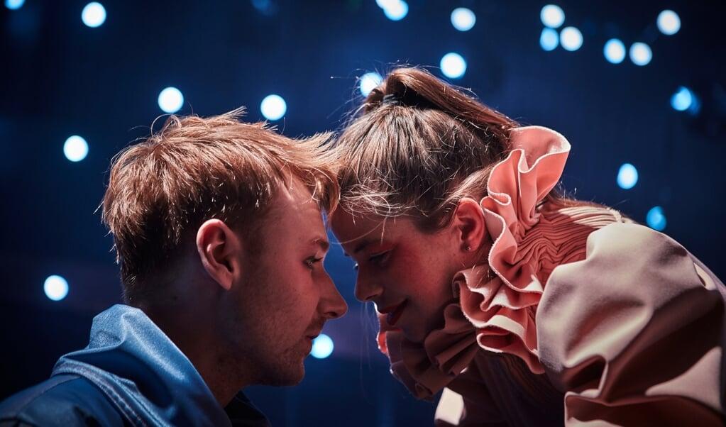 Jens Kepny Christensen og Andrea Spicher spiller hovedrollerne i Møllens genforeningsstykke.  ( Søren Hasselgaard Skaaning)