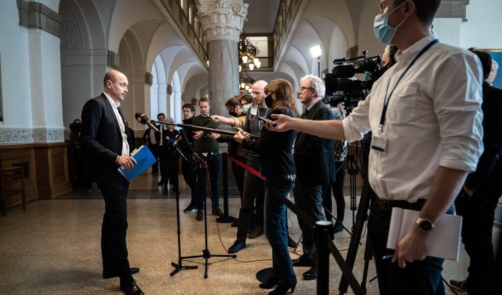 Magnus Heunicke (S) erklærer sig helt klar til at revidere den nye epidemilov til efteråret.  ( Emil Helms/Ritzau Scanpix)