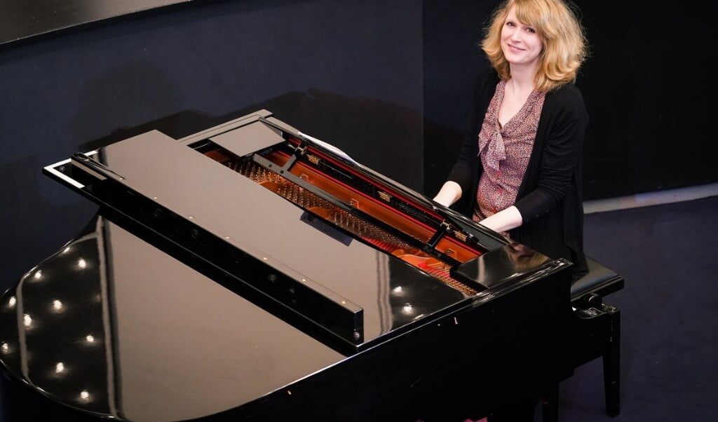 Sarah Risch ist Musikerin im Philharmonischen Orchester Kiel.  ( Olaf Struck)