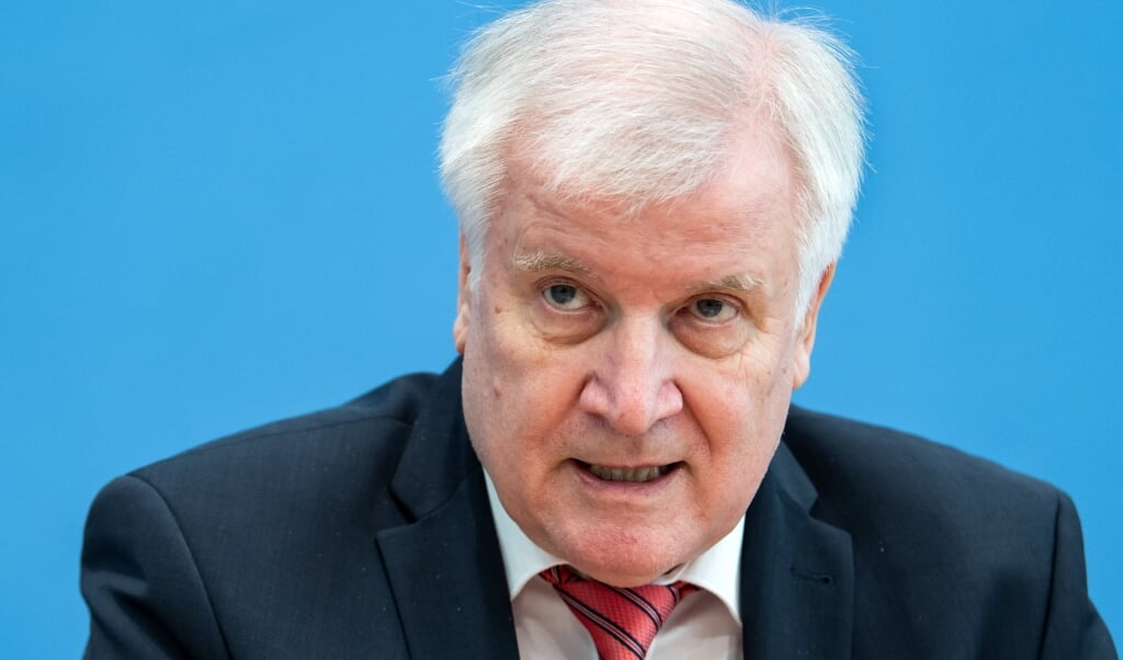 Indenrigsminister Horst Seehofer roser de tyske myndigheder for igen at have forhindret et terrorangreb.   ( Bernd von Jutrczenka/dpa Pool/dpa)