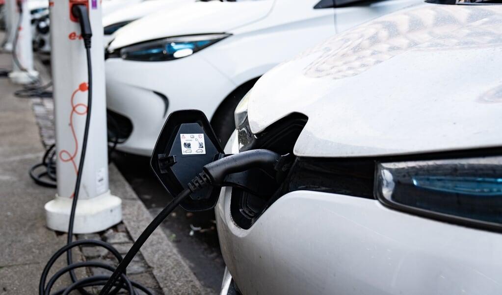 Etablering af ladestandere og indkøb af elbiler er et led i Region Syddanmarks klimastrategi.   (Arkivfoto: Emil Helms, Ritzau Scanpix)