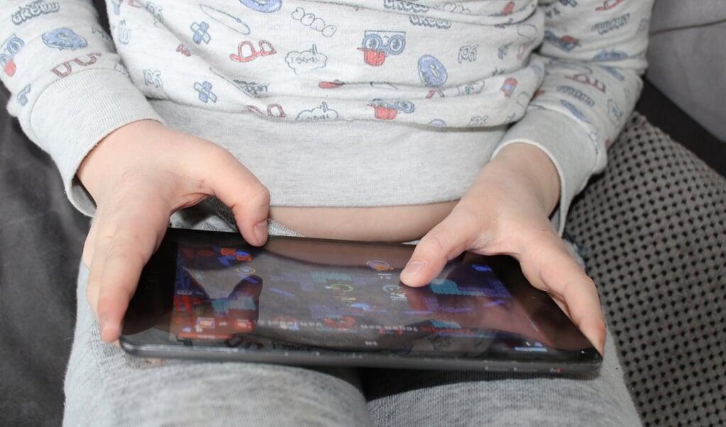 Børn er fristet af at købe sig til ekstra status, når de spiller online. Det er der en naturlig forklaring på, siger Lars Georke, skolesocialmedarbejder i Dansk Skoleforening.  ( Pixabay)