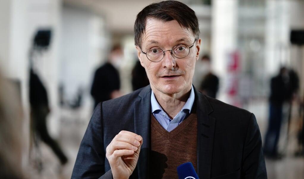 Karl Lauterbach, Gesundheitsexperte der SPD, stuft die Öffnungspläne der dänischen Regierung als gefährlich ein.    (dpa)