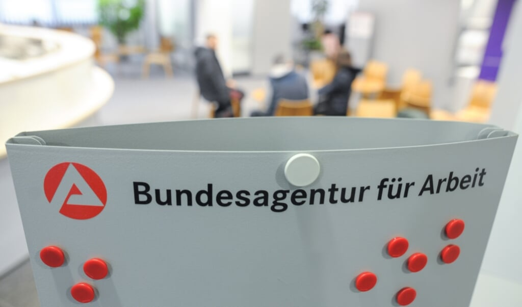 Die Agentur für Arbeit hat die aktuellen Zahlen mitgeteilt. In Flensburg sind im Februar weniger als noch im Vormonat arbeitslos gemeldet.  ( Larissa Schwedes/dpa)