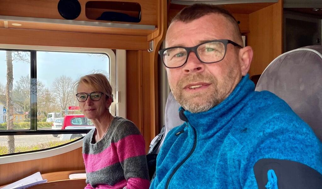 Sven og Katrin Gebauer er i deres autocamper kørt fra Thüringen for at holde ferie i Egernførde-regionen. De havde booket ferie for lang tid siden, men det blev ikke til noget. Derfor tog de spontant til Sli-regionen, da det blev offentliggjort, at turister måtte rejse ind med en negativ test.   (Cenia Bahnsen)