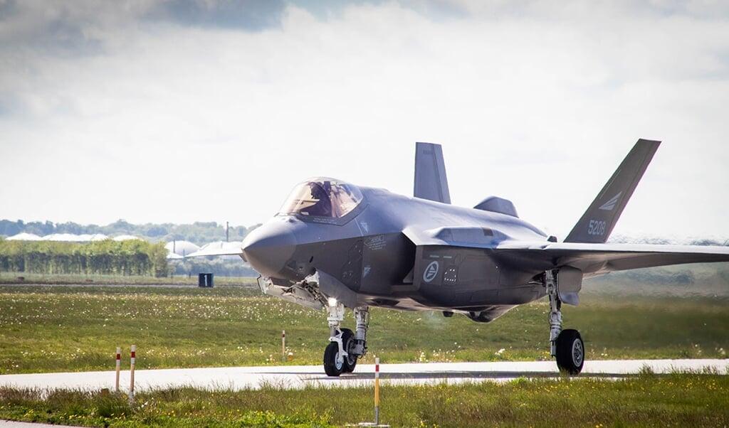 Det første af de nye F-35-jagerfly blev onsdag overgivet til det danske forsvar.  ( Forsvarsministeriet)