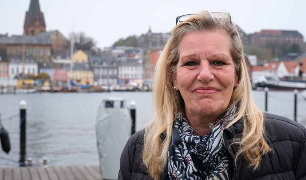 Ute Johannsen freut sich darauf, das ehemalige Butterschiff MS Sønderborg zurück an die Förde zu holen.  ( Sebastian Iwersen)