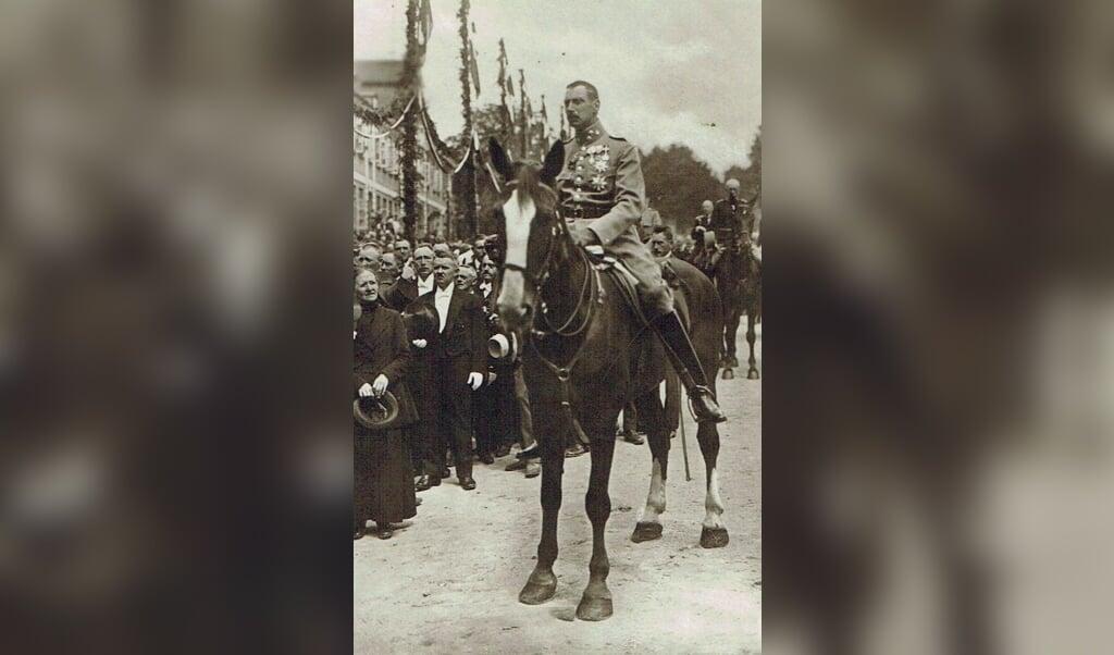 Christian den Tiende i Haderslev den 10. juli 1920. Billedet er fra arkivets egen samling. Arkivet kan i år fejre 75-års jubilæum.   (Historie Haderslev)