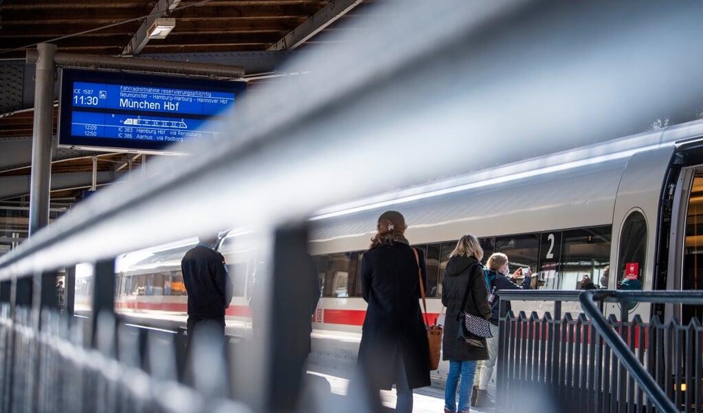 En dansk-tysk konference skal skabe fokus på at optimere togtrafikken mellem Danmark og Tyskland, fortæller landssekretær i SSW, Martin Lorenzen.    (Kira Kutscher)