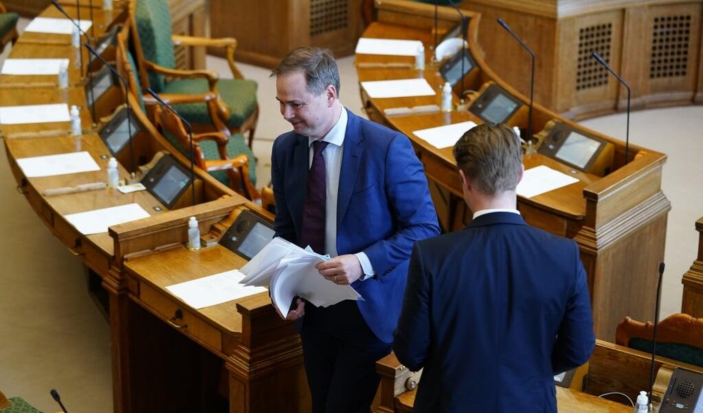 Danmarks finansminister Nicolai Wammen (S) er i Folketingssalen for at svare på spørgsmål om de rekordhøje boligpriser.  (Martin Sylvest/Ritzau Scanpix)