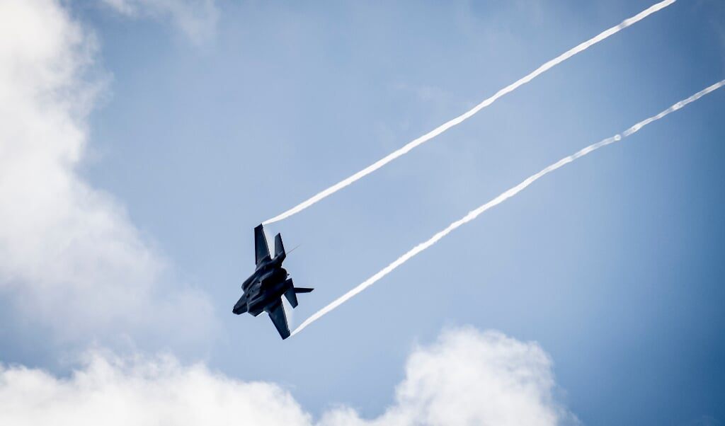Forsvarsministeriets Ejendomsstyrelse har indtil nu modtaget 798 ansøgninger om kompensation af den ene eller anden art fra boligejere, der vil blive påvirket af den øgede støj fra F-35-kampflyene, der kommer til Flyvestation Skrydstrup i 2023.    (Mads Claus Rasmussen, Ritzau Scanpix)